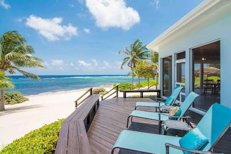 Ocean Front Home in Peaceful Bodden Town