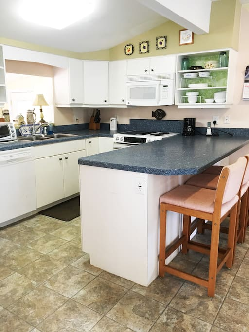 Full size kitchen with all the amenities.