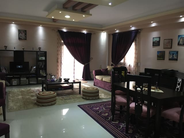 A cozy room in a brand new flat - New Cairo City - Apartamento