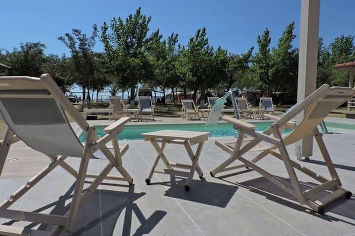 Σπίτια μπροστά στην θάλασσα 2 Camping Valti - Thessaloniki - House