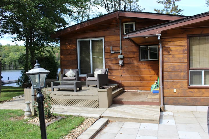 Cottage Oasis on Blue Hawk Lake, Haliburton