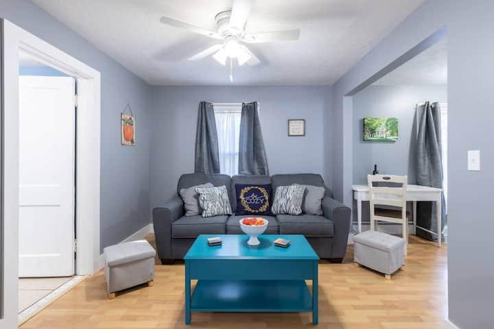 Cozy Home on 57 - Heart of Medina!  55 inch 4KTV's