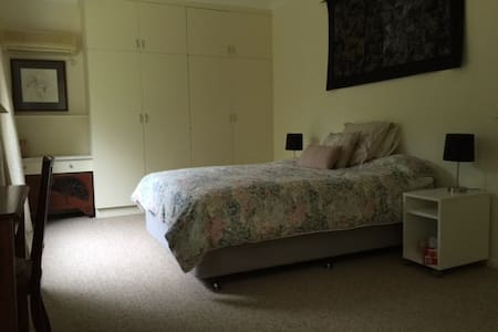 central murray river retreat - Corowa - Bed & Breakfast
