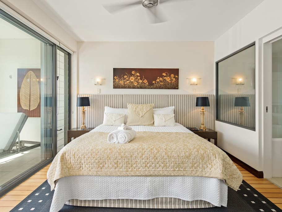 This Bedroom is fit for a King and Queen, comfy King sized bed, the room itself is generous in size, all the comforts, incredible views just outside your room. There is a T.V to enjoy in bed, and a stunning en-suite to enjoy.