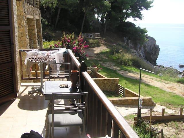 Balcony view AMA 00000085642