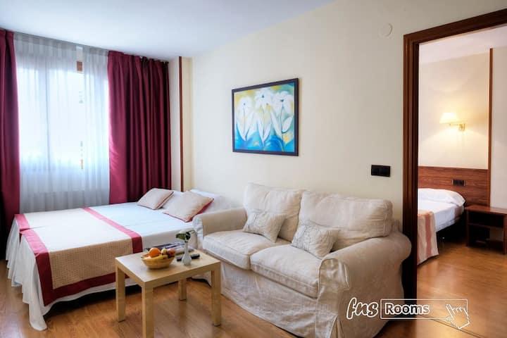 Hotel Palacio Arias / Hotel Arias / Apartamentos Arias - Apartamento 4  personas máximo.  - Tarifa estandar