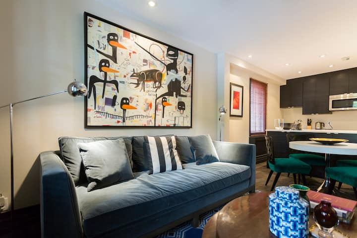 PLATEAU MONT ROYAL-LUXURY FURNISHED APT-2BED-2BATH