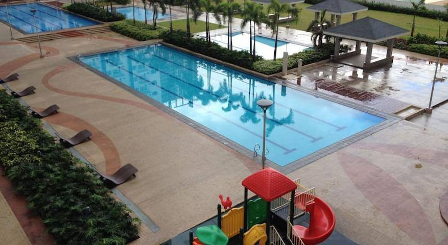 1 Bedroom Fully Furnished Condo Unit - Mandaluyong - Pis