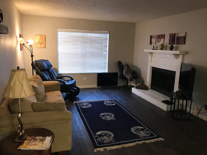 Furnished 1BR 1B apartment Bedford Texas