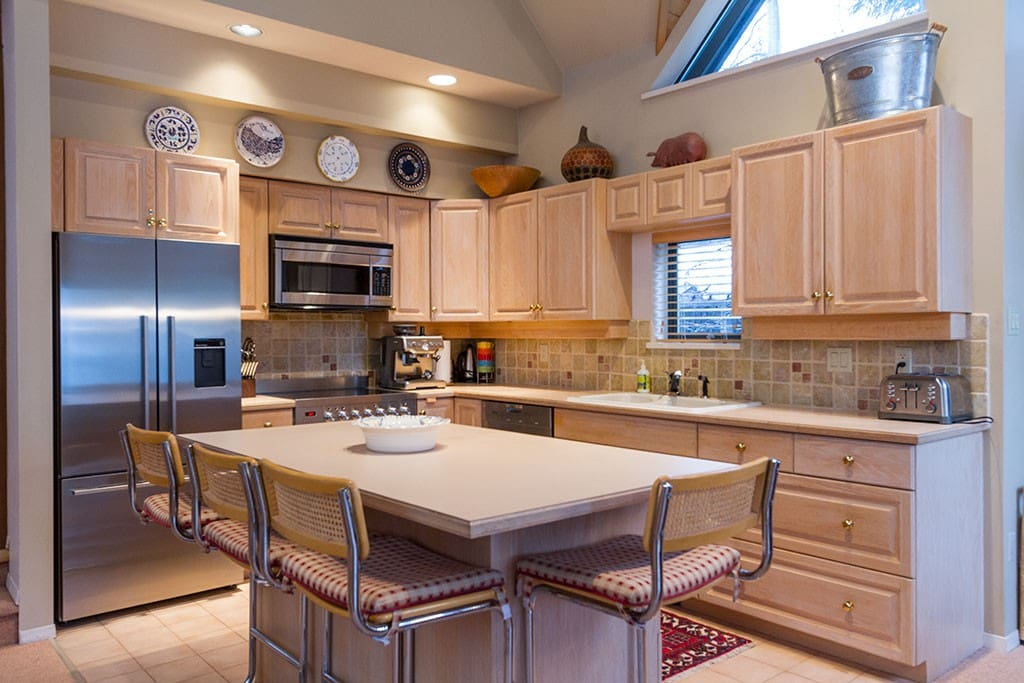Well appointed Kitchen with Stainless appliances.