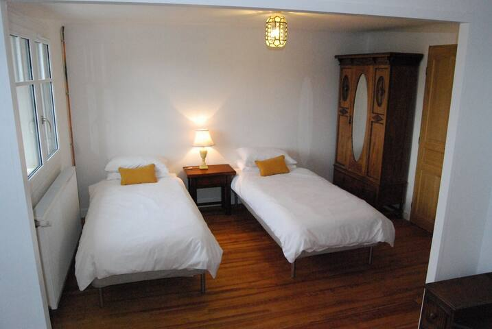 Auberge Saint Pastous - Family room