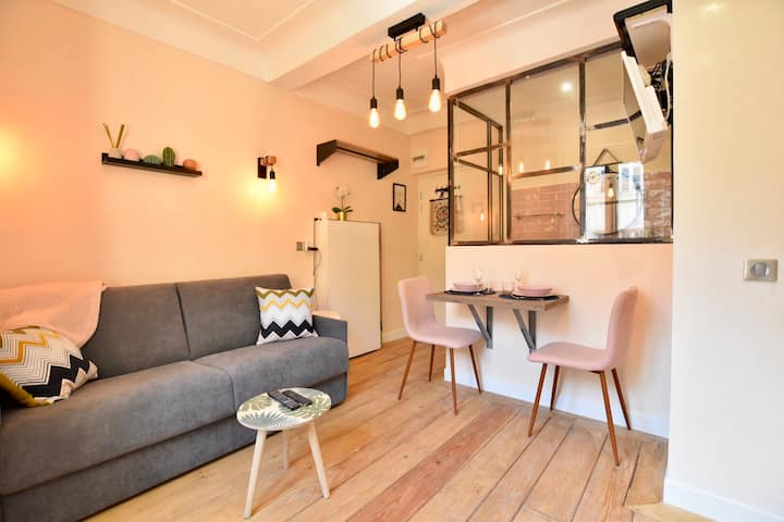 Lovely studio in heart of old town Antibes !!!