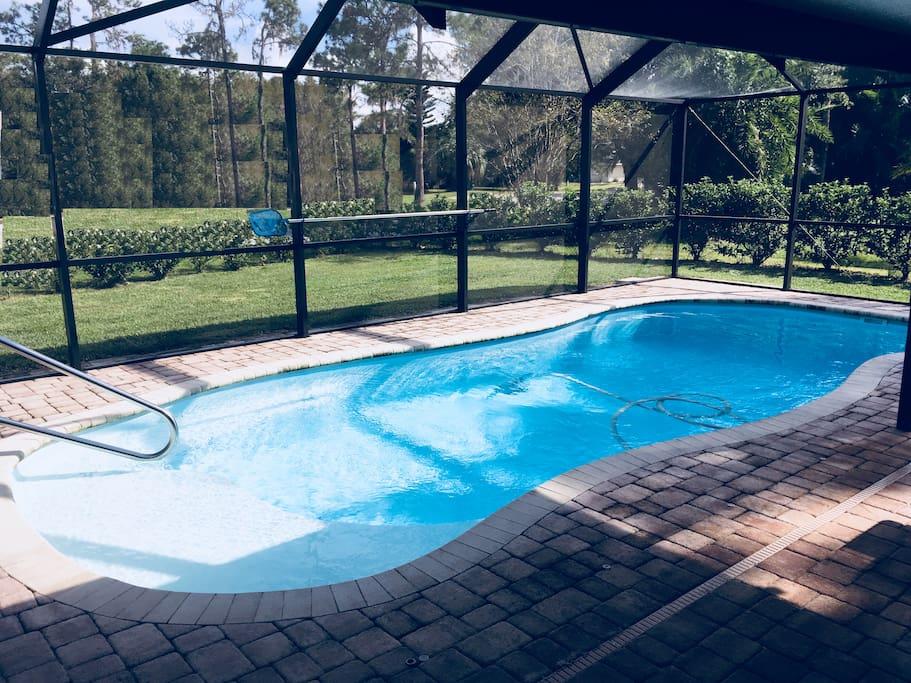 Pool (14x28)