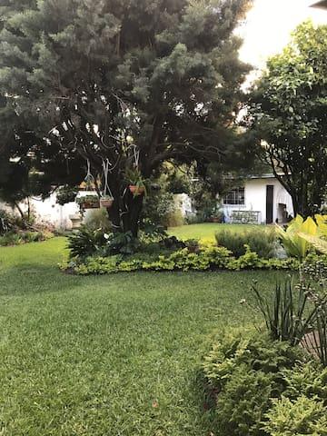 Casa YoGano - Guatemala - Hus