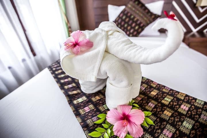 Intimate Bungalow on Phi Phi Island