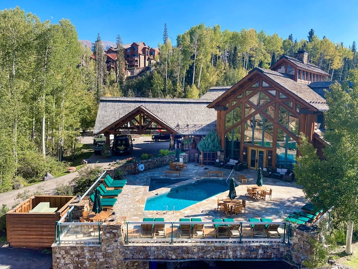 Telluride Mountain Lodge Skiin/Out LocationLocatio