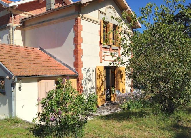 Petite Villa Cerbère - Lacanau - Vakantiewoning