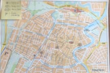 The citymap of Haarlem, how to find my home. (Busstops, trainstation and free parking)