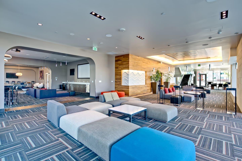 SPIRE LOFT-Pool-Gym-Parking-Views-WiFi-EXTRAS! - Condominiums for ...