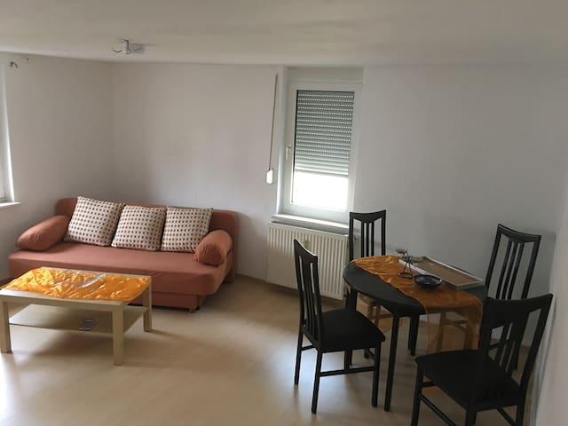 Ganze Wohnung