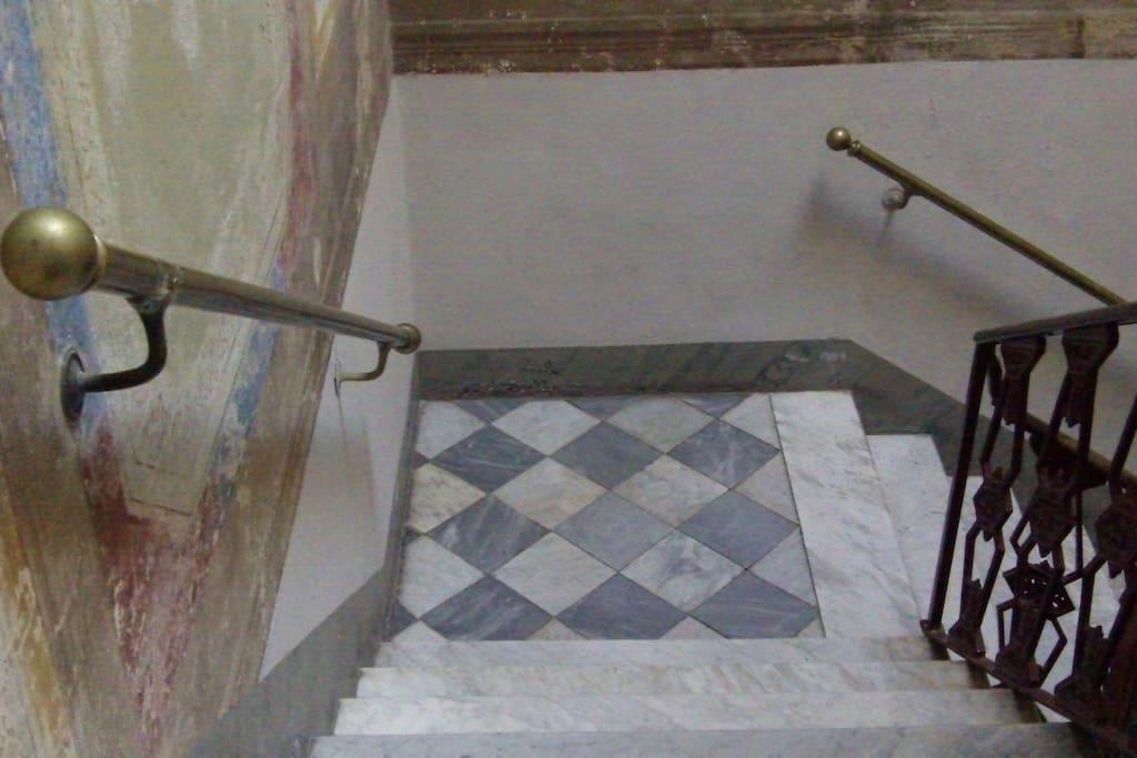 le scale del palazzo