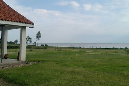 Country getaway on the lakefront near Kendu Bay