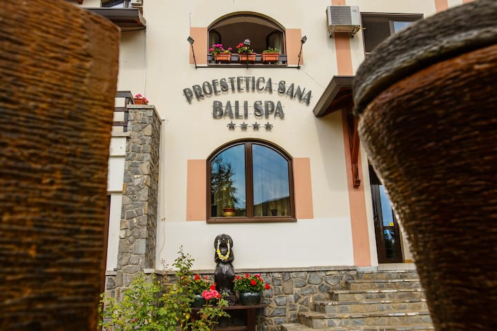 Bali Spa boutique hotel spa Valea Prahovei
