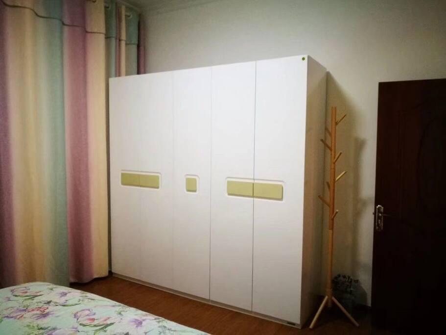 卧室清洁卫生,干净,整洁