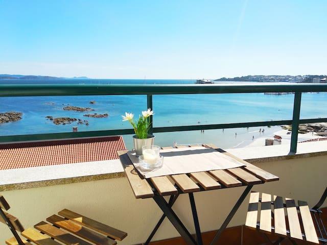 Precioso ático con vistas a pie de playa