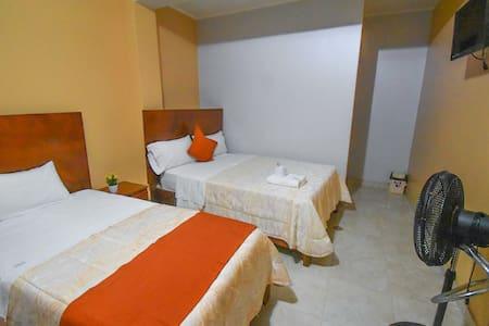 Habitación Doble | Victtorios Hotel en Satipo