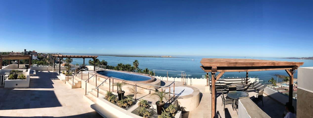 Departamento nuevo a pasos del Malecón y playas - La Paz - Apartamento