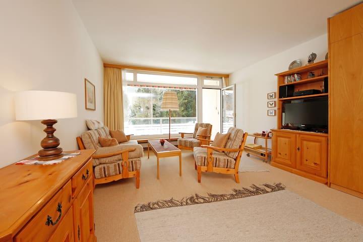 2-1/2-Zimmer-Apartment an Toplage (Casa Jenatsch) - Davos Dorf - Appartement