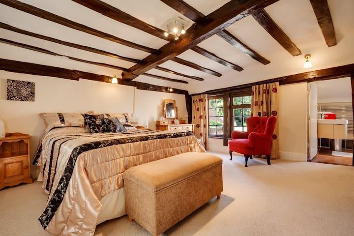 Stunning, 15th Century former Inn, Glemsford