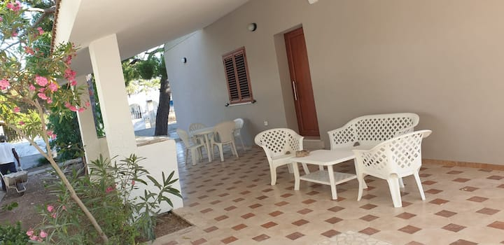 RENT ROOMS  SALENTO TOURIST ROAD
