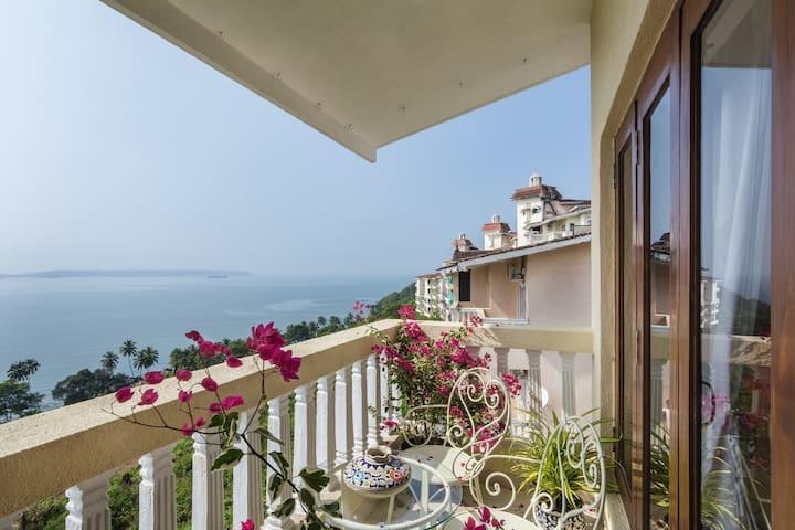 Cabo de Goa, a luxury apartment in Dona Paula - Goa - Daire