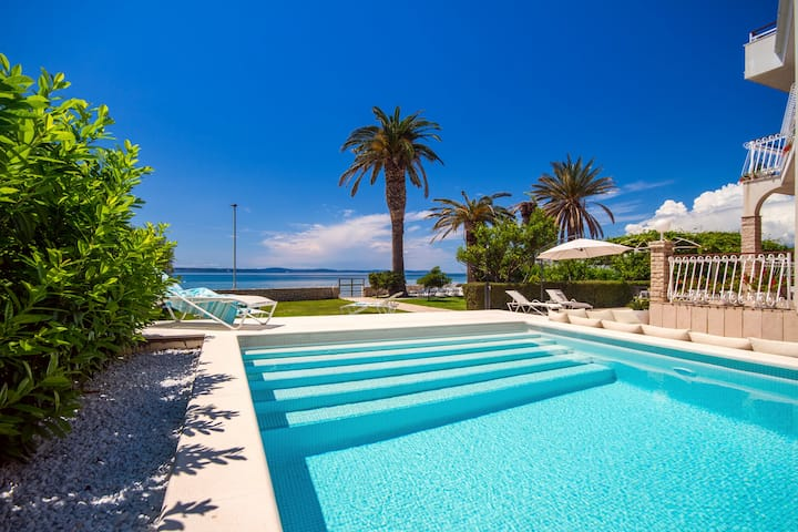 NEW!Beach Villa Amor near Split with private pool