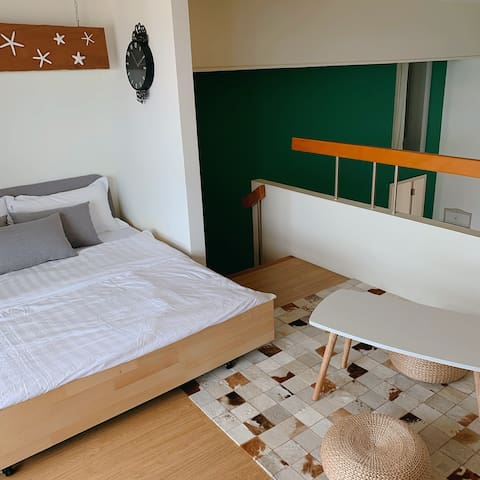 二楼书房沙发床 2