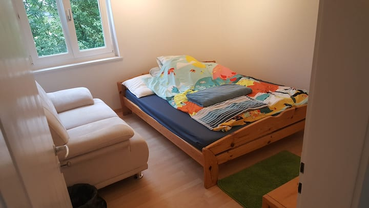 Cosy Double Bedroom Skt Gallen