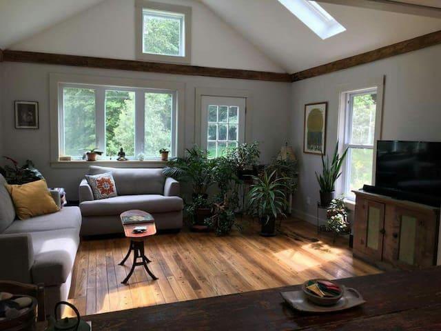 Country Cozy Retreat