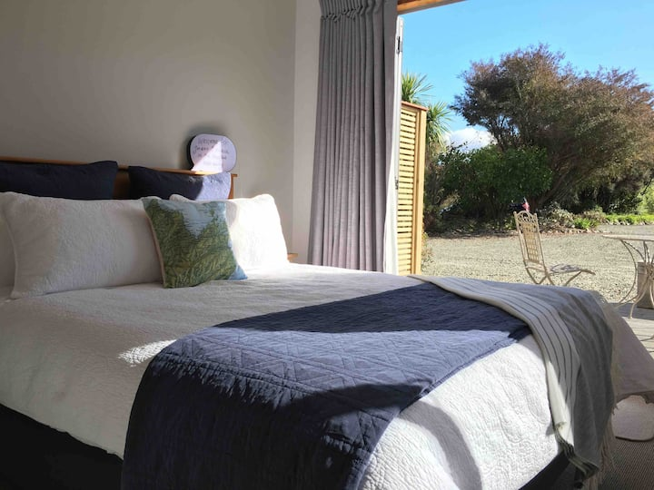 ☼Private Rural Mapua hideaway,Tasman base w/Bfast