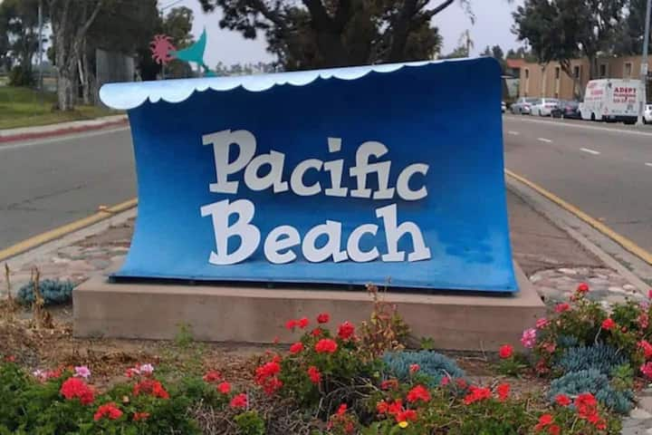 Pacific Beach,New 1BR/1bl 2 Waterfront,AC,Parking