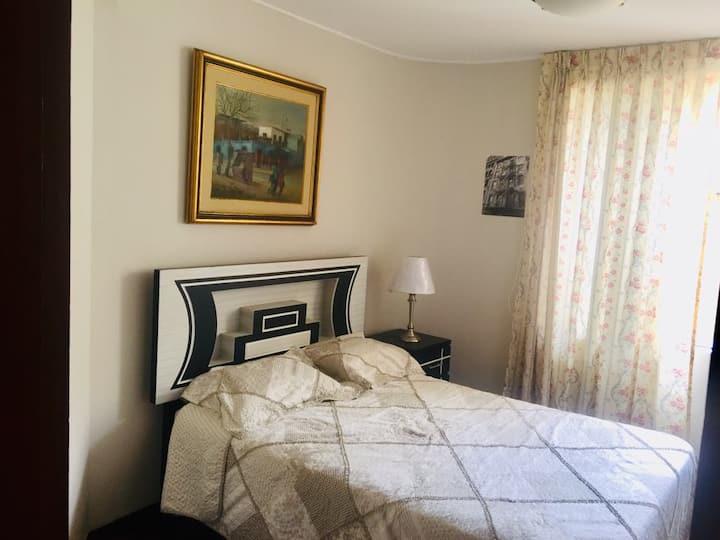 Room #5 - A 15' del Aeropuerto- B&B-