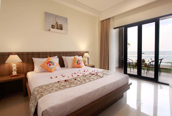 Comfort Beachfront Room in Anyer - Serang - Wohnung