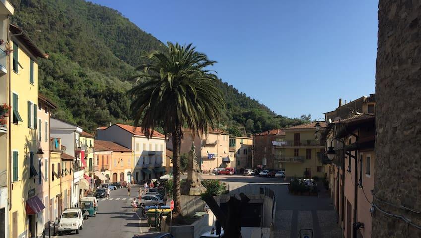 Belle Maison de village Badalucco - Badalucco - House