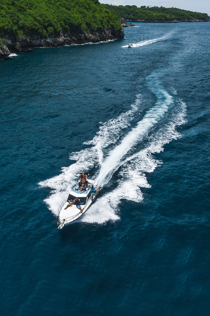 Private speedboat rental also available