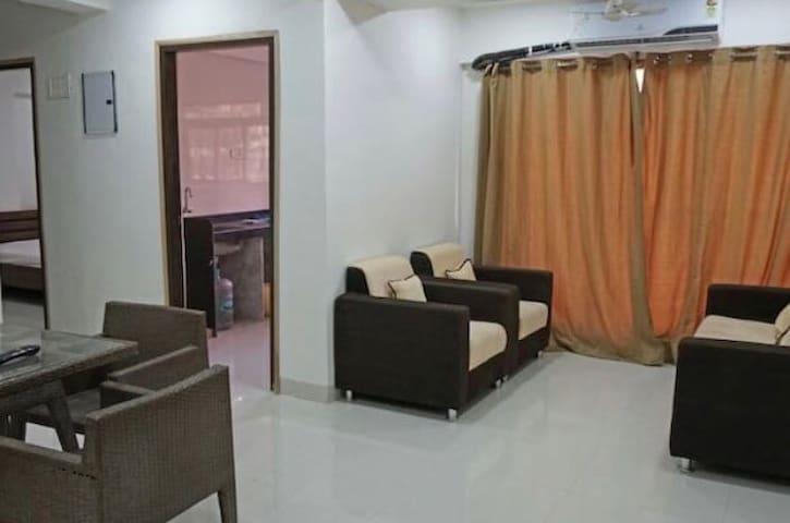 30 luxurious Rooms in Goregaon - มุมไบ - อพาร์ทเมนท์