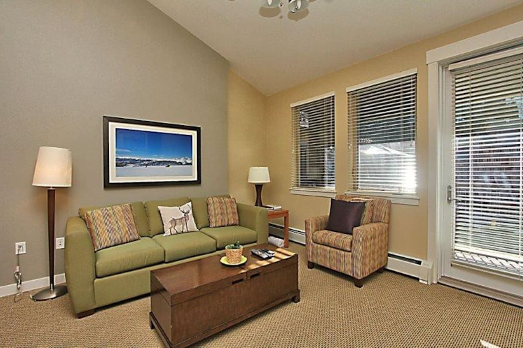 High ceilings and comfortable furniture