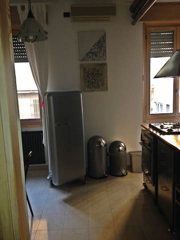 Hi-tech Kitchen with SMEG gas fires, refrigerator, dishwasher, ALPES oven and Hitachi microwave