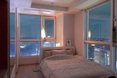 <마들렌하우스1> 대구 동성로/중앙로/반월당 시티뷰 숙소 daegu City View