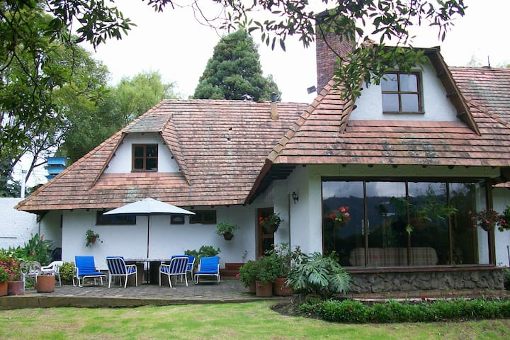 Lovely Country House in Guaymaral - Bogotá - Villa